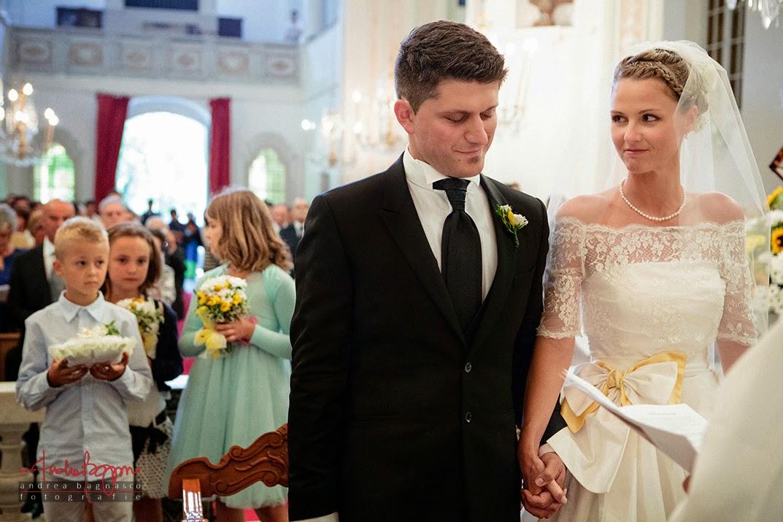 celebrazione matrimonio Genova e sposi all'altare
