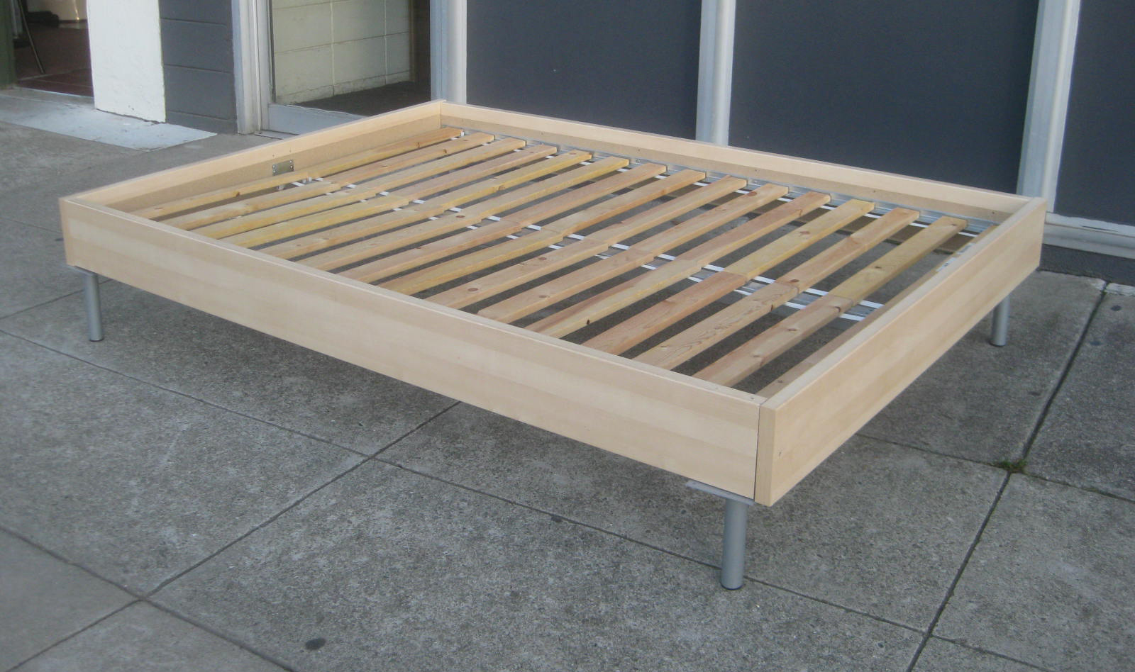 ... FURNITURE & COLLECTIBLES: SOLD - Full Sized Platform Bed Frame - $85
