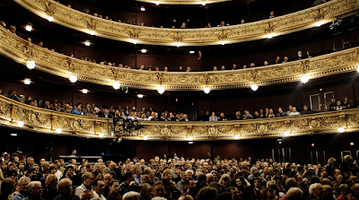 Pengertian teater Nusantara dan Mancanegara