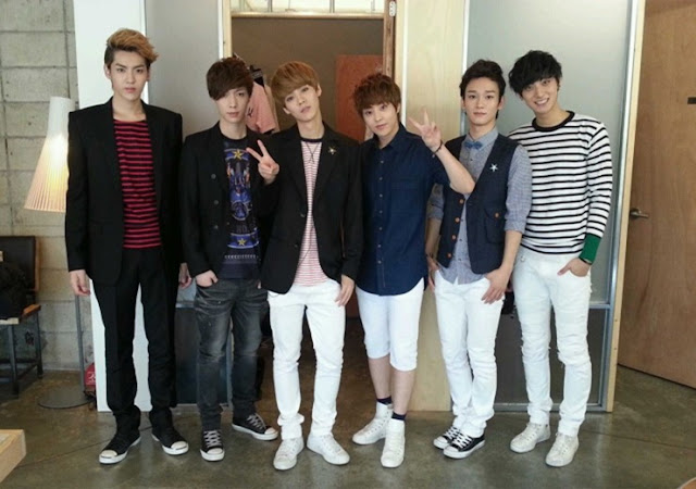[PICTURE] EXO-M at S.M.ART EXHIBITION Backstage
