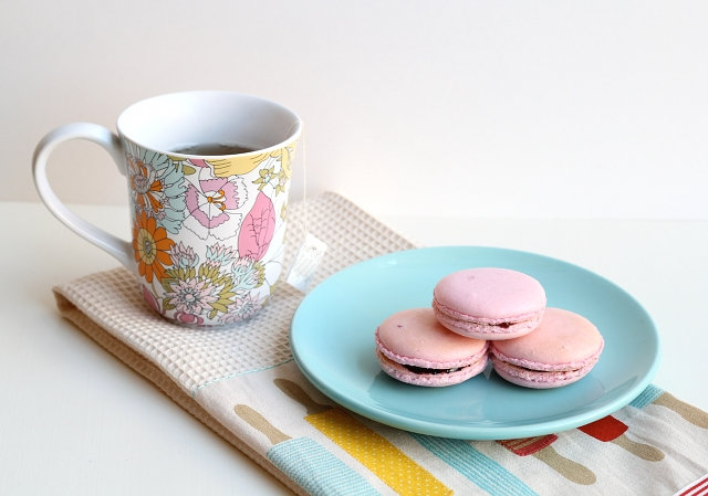 Homemade Macaroons Recipe via One Sheepish Girl - DIY Craft Blog Round Up