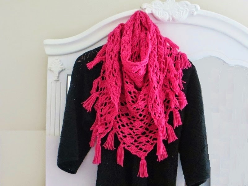 Crochet Dreamz: Tyra Triangle Shawl, Free Crochet Pattern ...