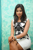Manali Rathod latest Photo Shoot-thumbnail-13