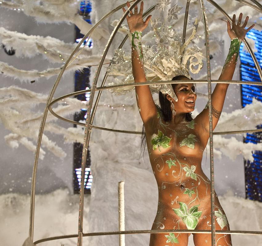 Rio Carnival 2013: Samba Schools Vie For Title