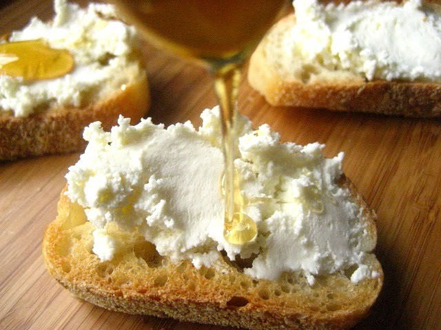 Bruschetta With Ricotta, Honey And Lemon Zest Recipe ...