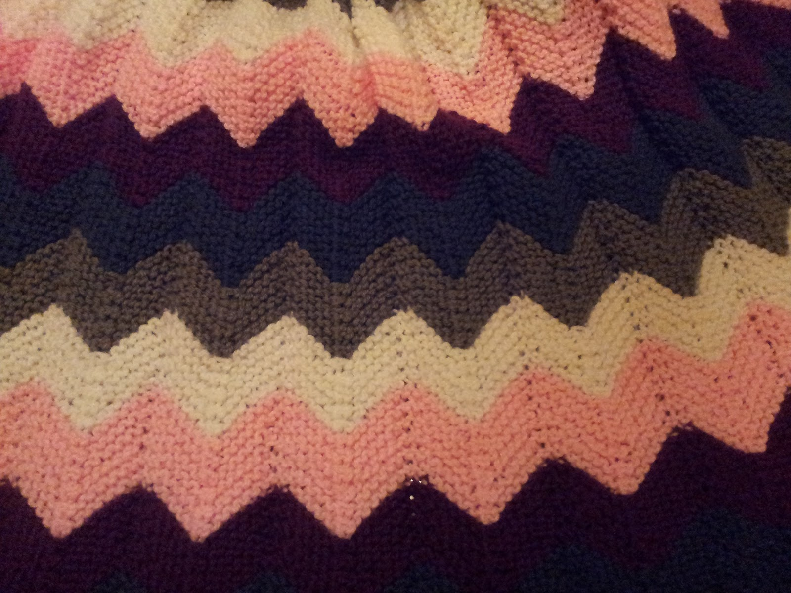 Chevron Afghan Pattern Knit : Mosier Farms: Knitted Chevron (ripple) Afghan