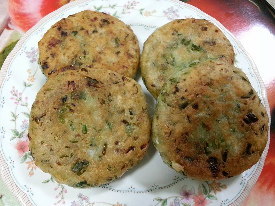 Rice flour tikki healthy cooking with kusum 34 cup of rice flour 34 cup of glutinous rice flour 1 radish 10 spring onion 2 green chilies handful of cilantro salt to taste 1 tsp of garam masala ccuart Images