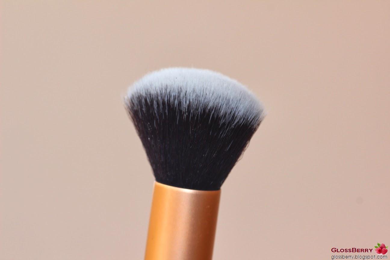 real techniques buffing brush מברשת מייקאפ פודרה ריל טכניקס