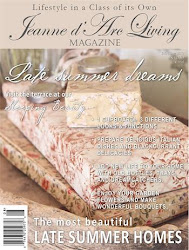Jeanne d'Arc Living Magazine/August 2017 Issue