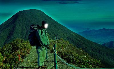 Ilustrasi 5 Hal Pengetahuan Bertahan Hidup Bagi Pelintas Alam - Travelwan