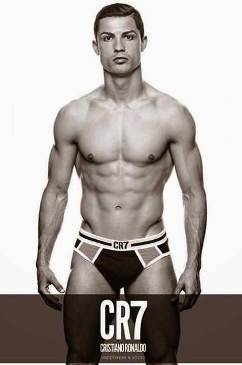Cristiano ronaldo half naked photos 777