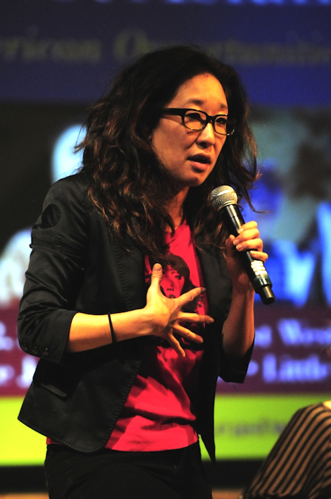 sandra oh at east west players forum wearing a margaret cho t-shirt