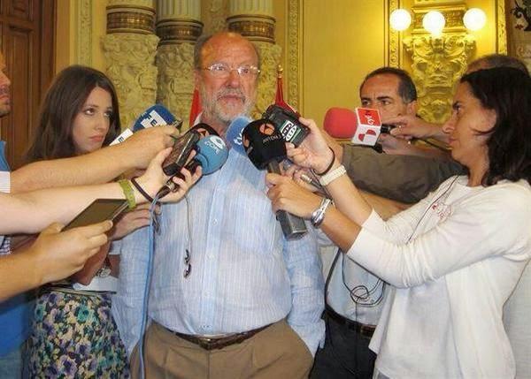 Alcalde de Valladolid, mujeres, ascensor, violación