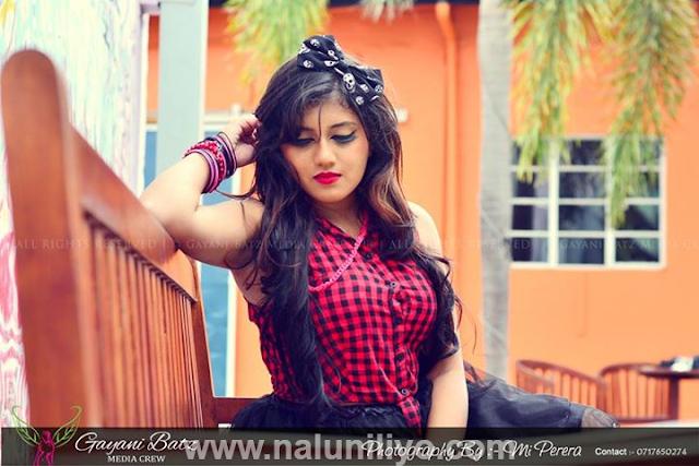 Sri Lankan actress Shanudrie photo shoot