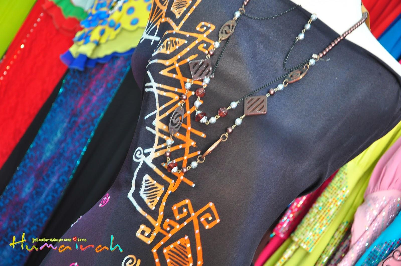 Batik Sutera Handmade Abstrack Hitam Siap Batu 11