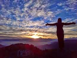 CUMBRE ESPIRITUAL: CONFIANZA Y GRATITUD