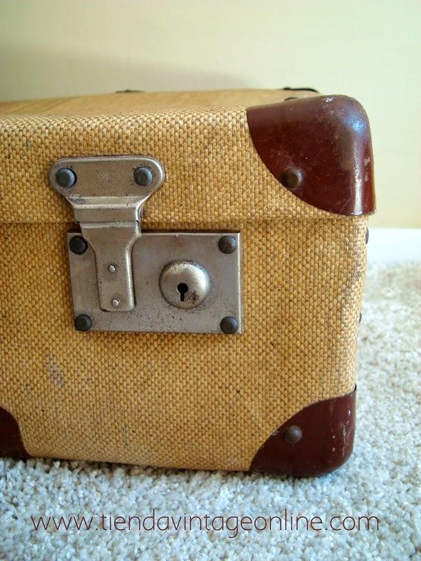 Maletas y equipaje antiguo para decoradores e interioristas.