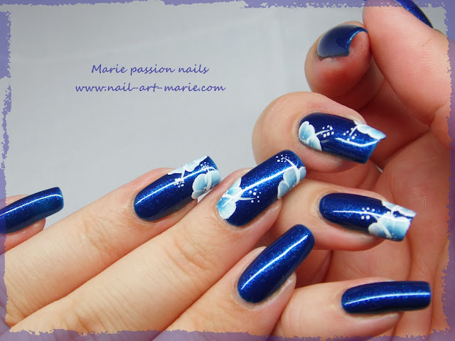 nail art one stroke double accent nail1