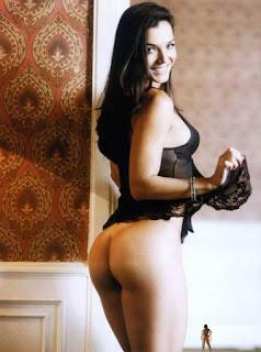 Ela Saiu Em Fotos Pelada Na Playboy De Fevereiro
