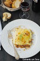 Pastel de carne con puré de patata