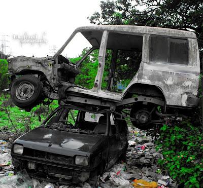 """two cars burdened on each other clicked by isha trivedi in khandala """"Isha Trivedi"""""""