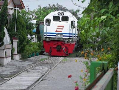 keretapi indonesia