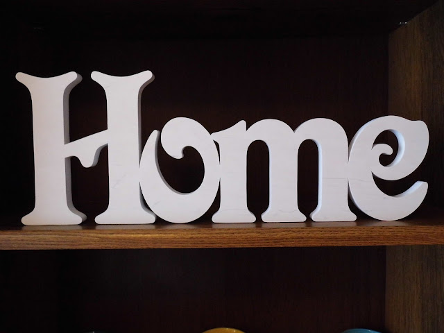 biały-ekskluzywny-napis-Home.jpg