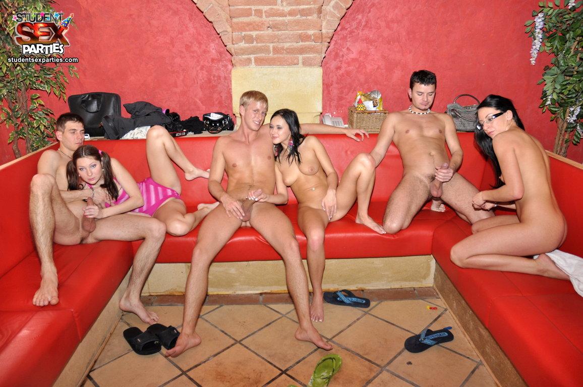Порно Студенческие Вечеринки Онлай