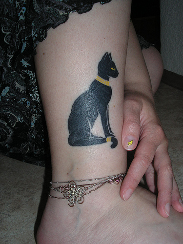 Small Cute Animal Cat Tattoo Designs Inspiration