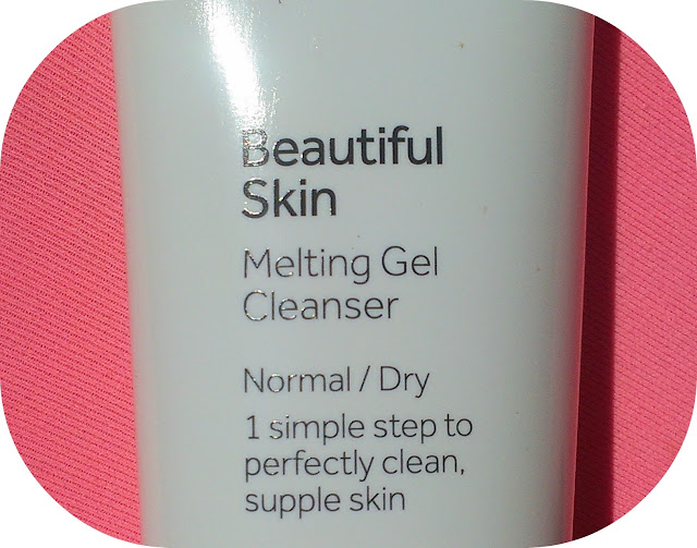 No 7 Melting Gel Cleanser