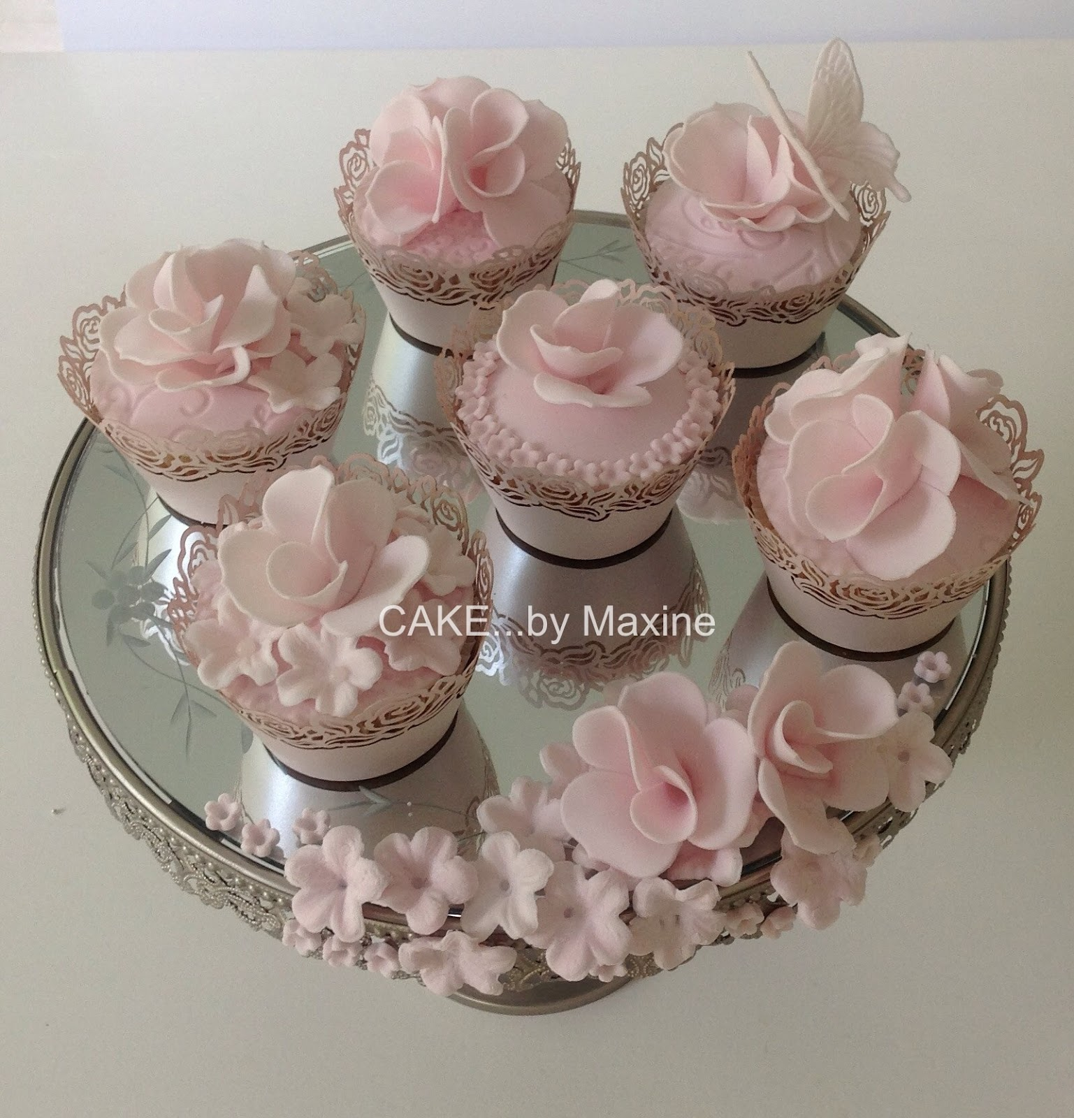 Manywhitebowls Baby Shower Cupcakes Pink And Blue