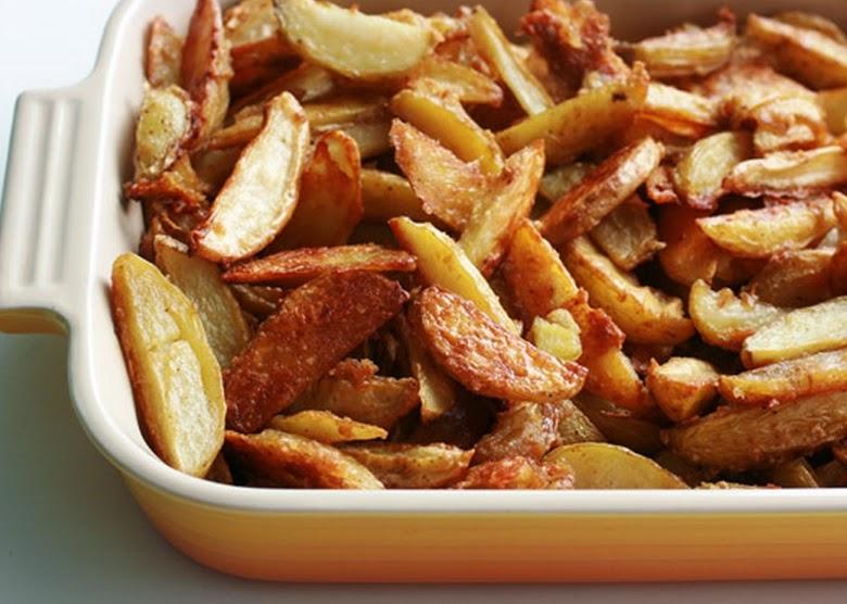 Batatas Assadas com Alho e Azeite (vegana)