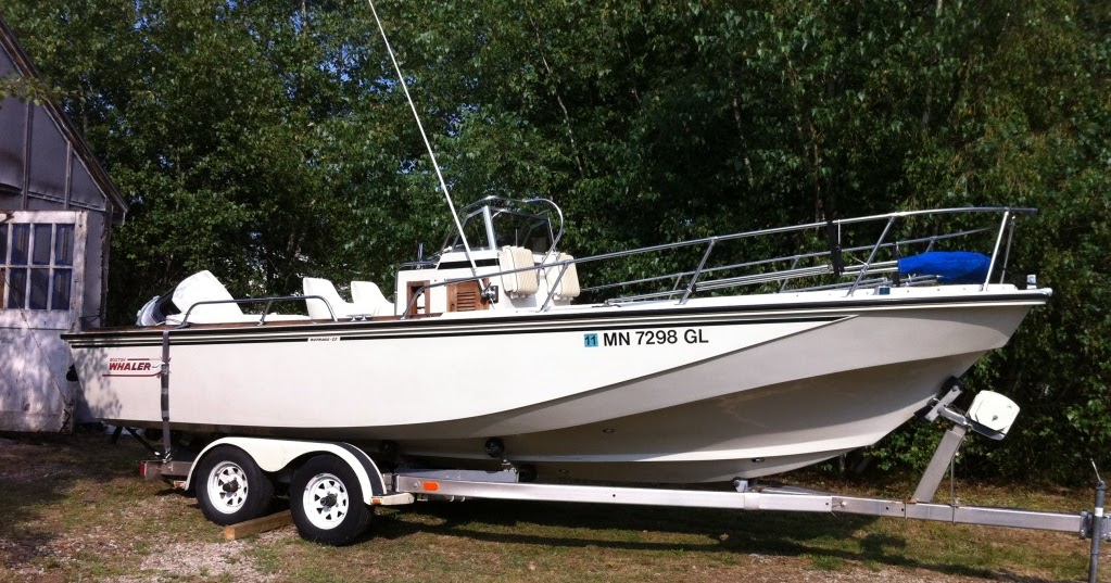Boston Whaler Search Site: Clean 22 Outrage