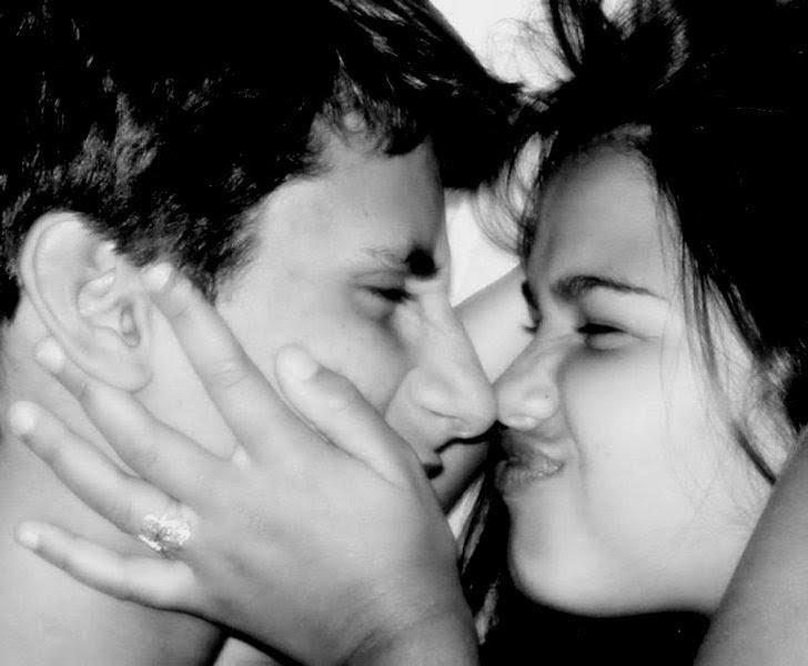 Fotos Caseiras Se Beijando Namorados