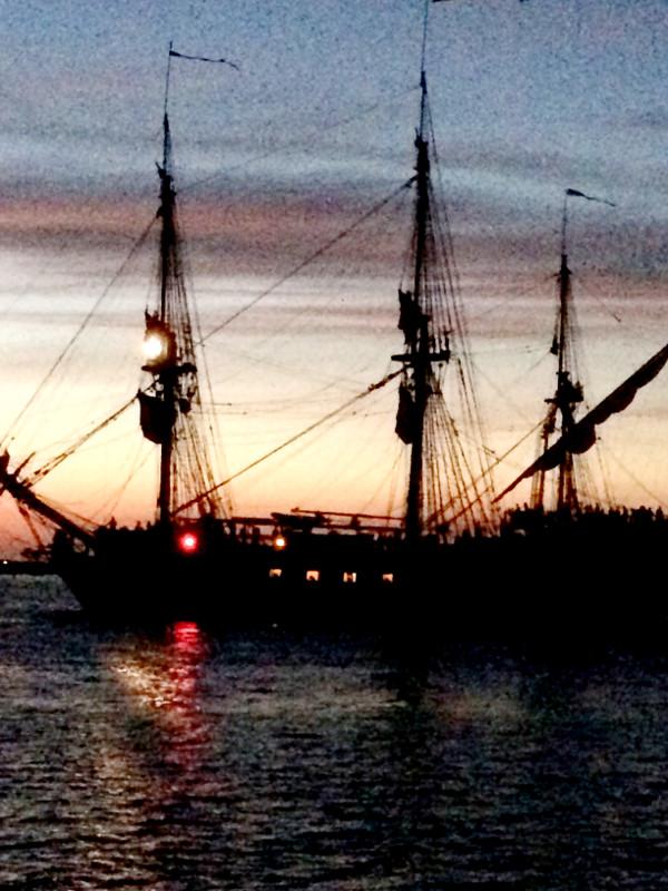 varberg, hamnen, ostindiefararen Götheborg, solnedgång, varbergs hamn, hamnen, småbåtshamn, småbåtshamnen,