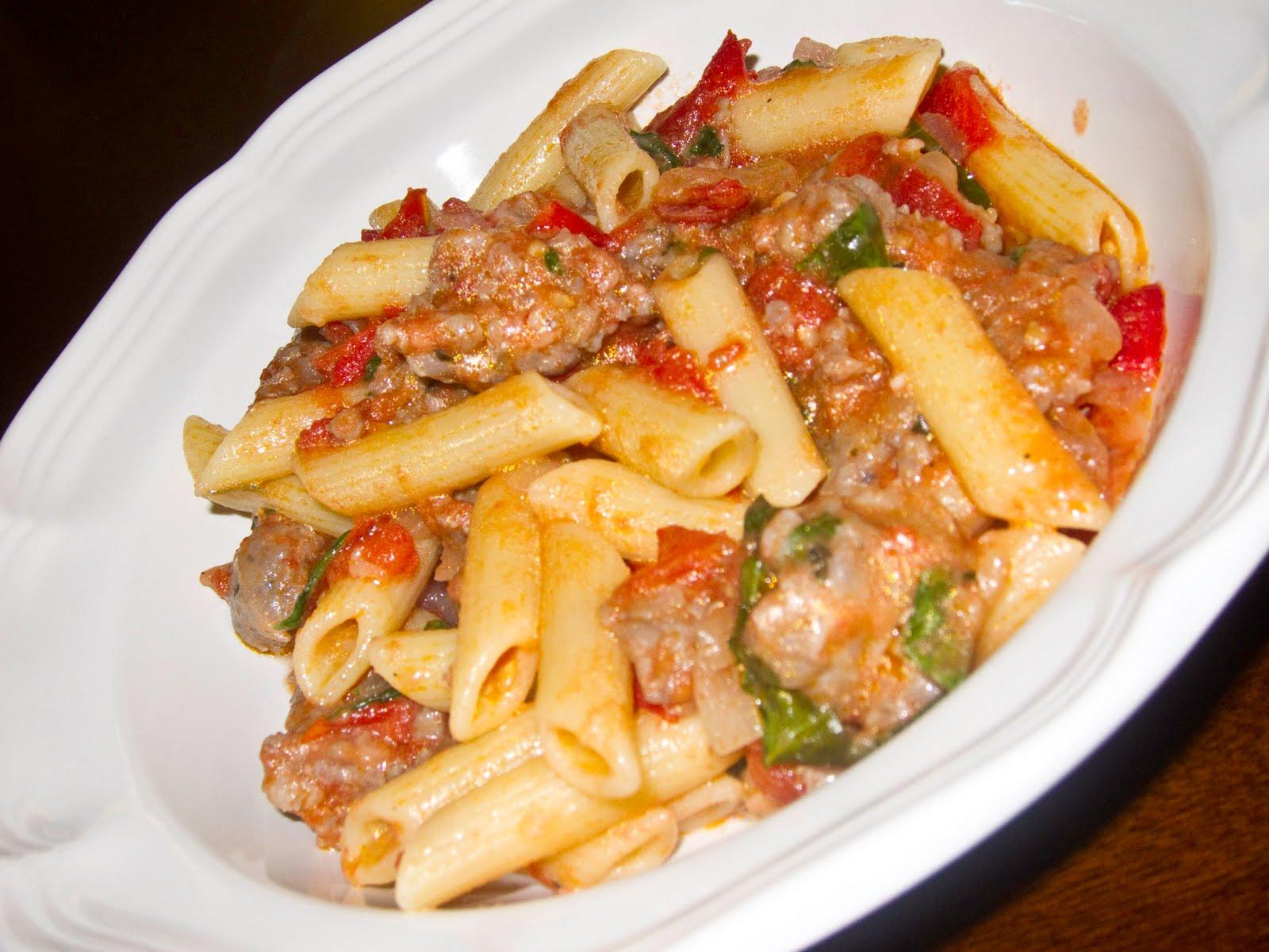 Fresh Tomato and Sausage Pasta | FOOD