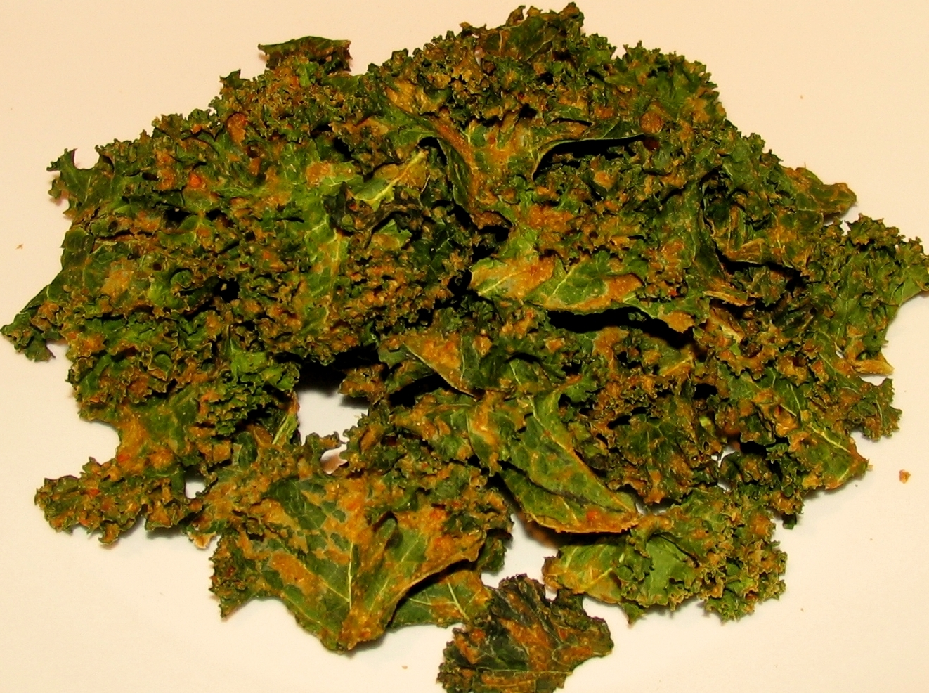 Raw World Order: Raw Kale Chips