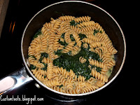Creamy Garlic and Spinach Pasta Salad by Custom Taste