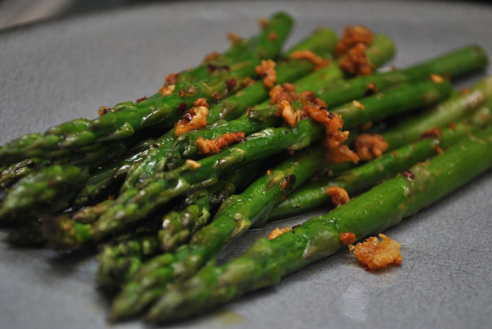 My Table, Their Table: Lemon-garlic Asparagus