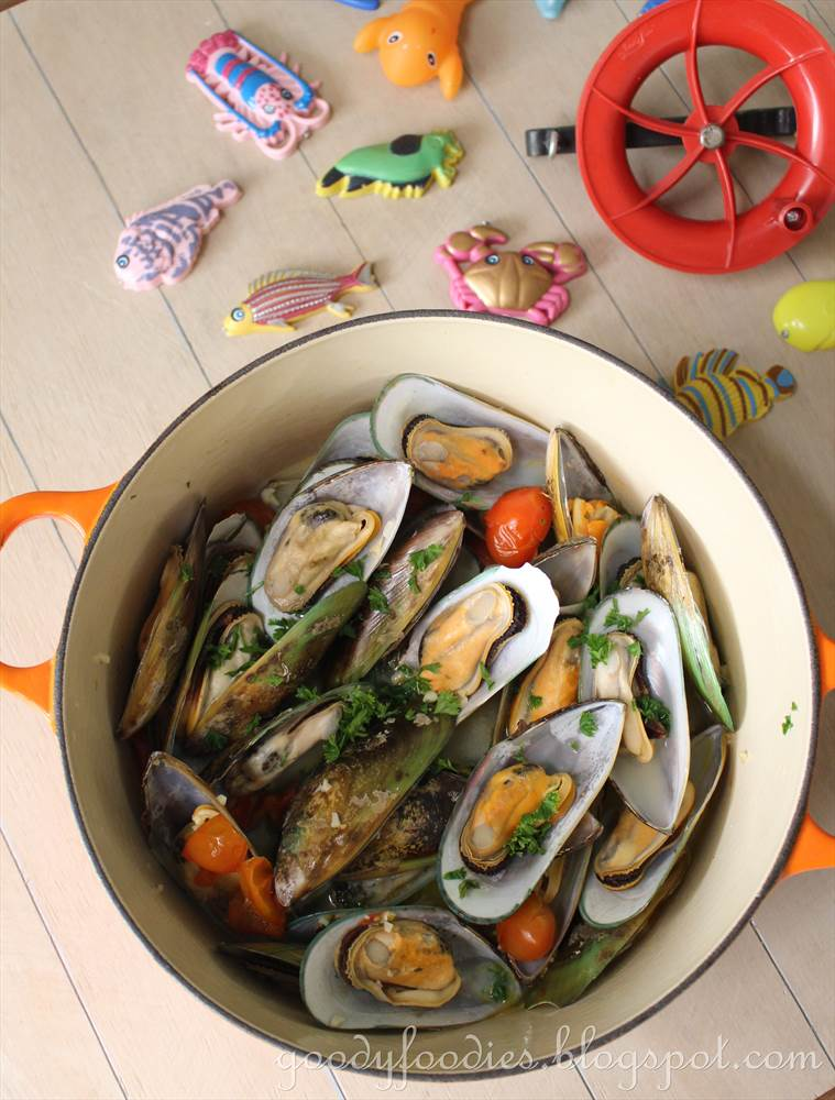 greenshell mussels naturally grow to a larger size than other mussel ...