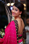 Akanksha latest Glam Pics in Pink-thumbnail-2