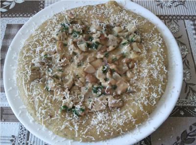 polenta ai funghi con mix di farina di mais e porcini secchi in polvere