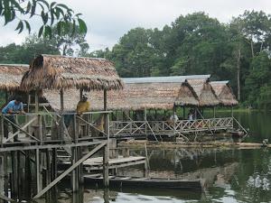 AMAZONAS TURISMO COMUNITARIO