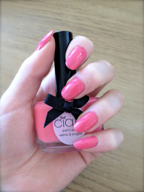 ciate_nail_art_colourfoil_manicure_carnival_pink