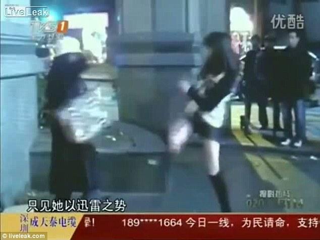 Defensa personal taekwondo