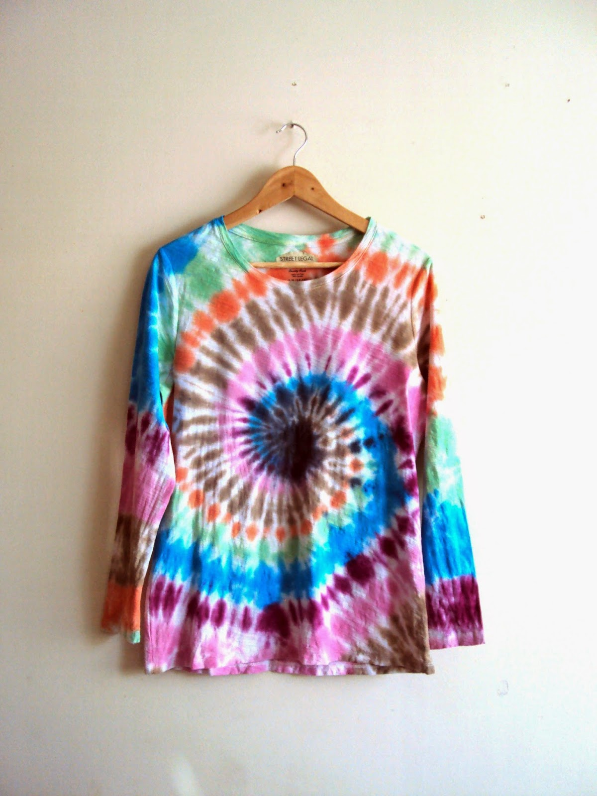 https://www.etsy.com/listing/223318543/pastel-dreams-yoga-top-swirl-tie-dye?ref=shop_home_feat_3