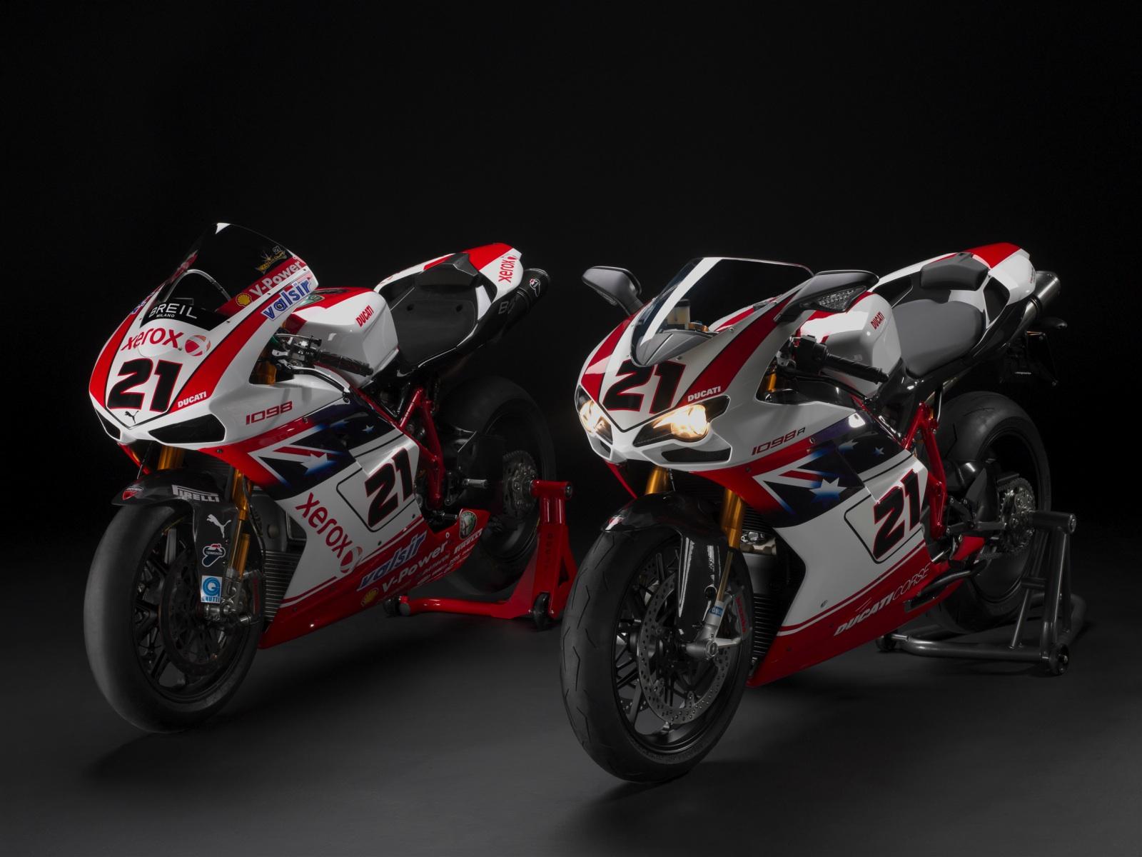 Ducati HD Wallpapers - 356.0KB