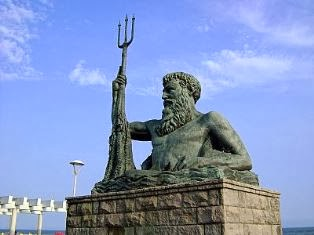 Praia Grande - Neptunus szobor / Neptune statue
