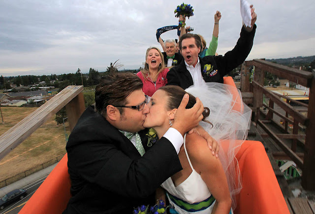 Wedding on a Roller Coaster Pictures