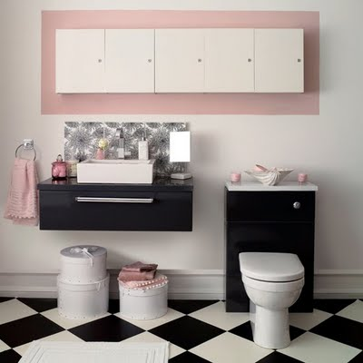 To da loos bathroom checkered chess floors for Black white and pink bathroom ideas